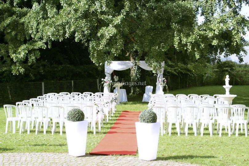 Le castel anne - Ceremonie mariage plein air ...