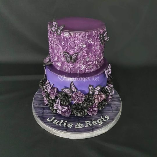 Wedding cake un peu gothique