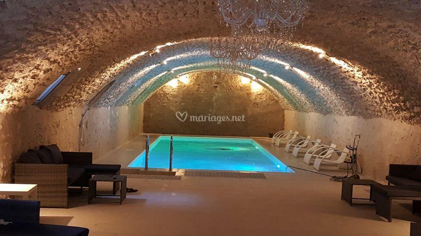 piscine en cave du xi me de ch teau de jallanges photo 5. Black Bedroom Furniture Sets. Home Design Ideas