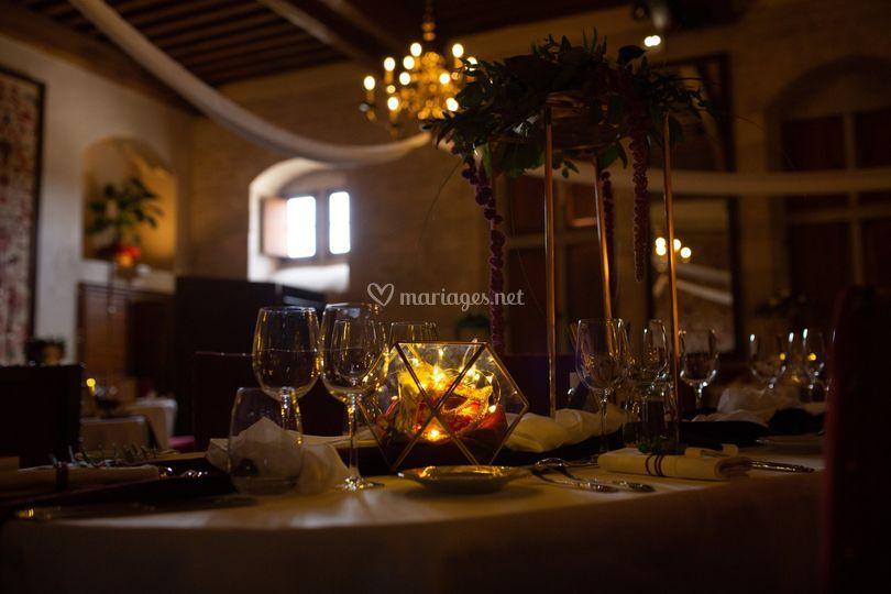 Table au clair obscur