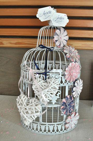 Urne personnalisée cage