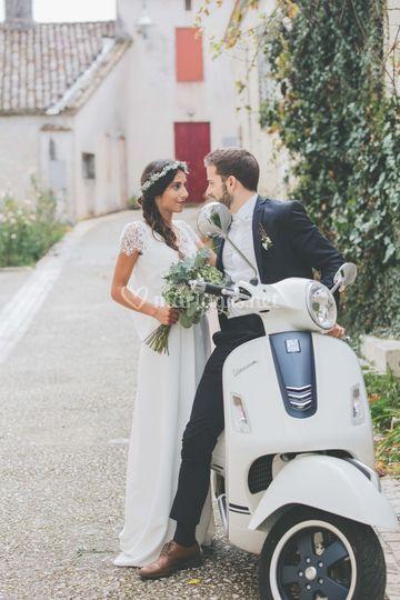 Couple de mariés - Scène vespa