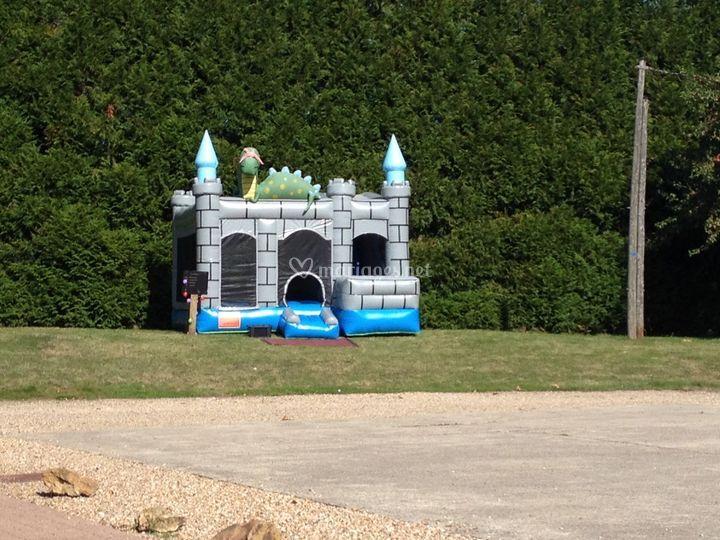 Château gonflable pour les enf