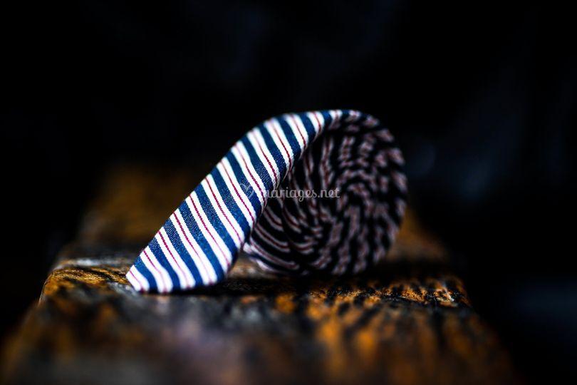 Cravate à rayure