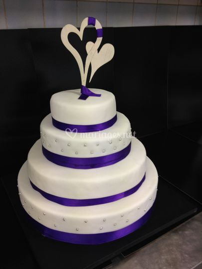 Wedding cake blanc et violet