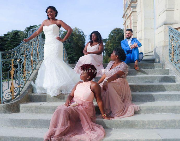 Les mariés et leurs cortèges