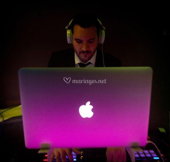 Jonathan DJ