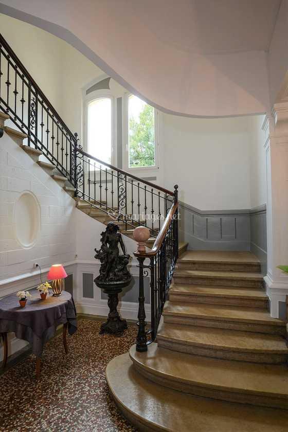 Escalier Val D Oise montée d'escalier du château de domaine des cèdres | photo 31