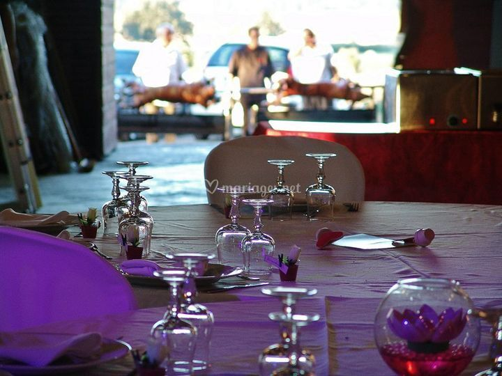 mariage diner champtre sur la broche 66 - Cochon La Broche Mariage