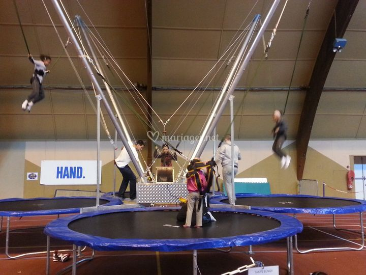 Bungy 3 - Trampolines