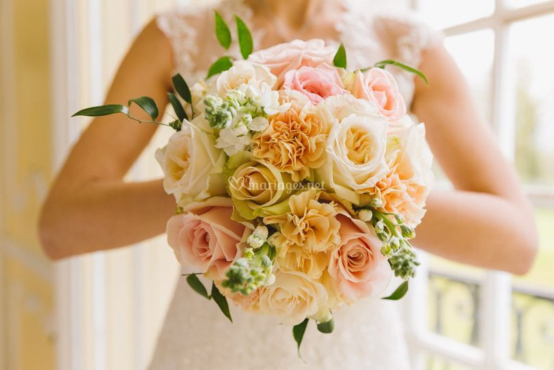 Joli bouquet de mariée pastel