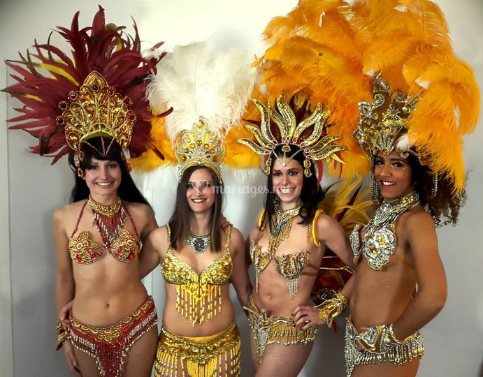 Cinq danseuses