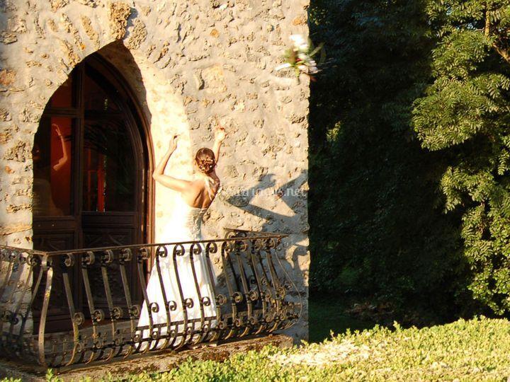 Lancer du bouquet du balcon