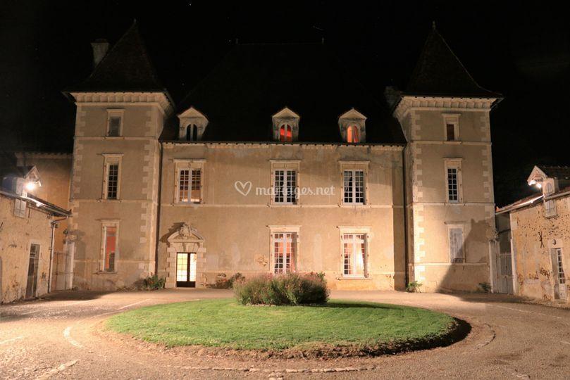 Chateau de candale la nuit