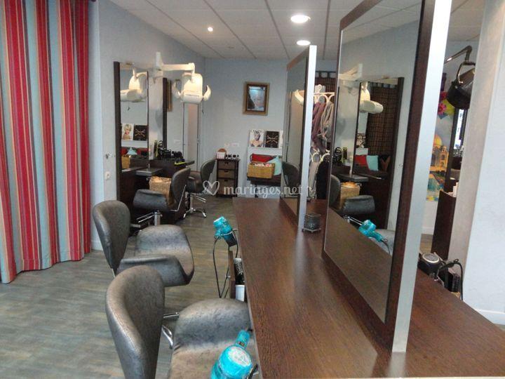 Intérieur du salon de coiffure