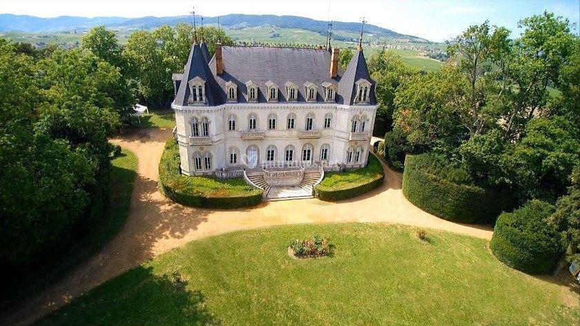 Le château des mariés