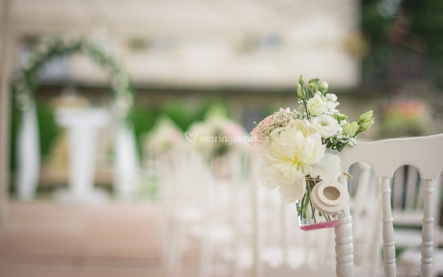 Pot de fleurs sur D Day Wedding Planner