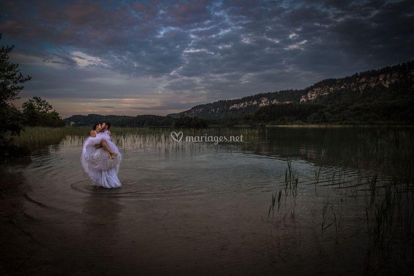 Lac en soirée