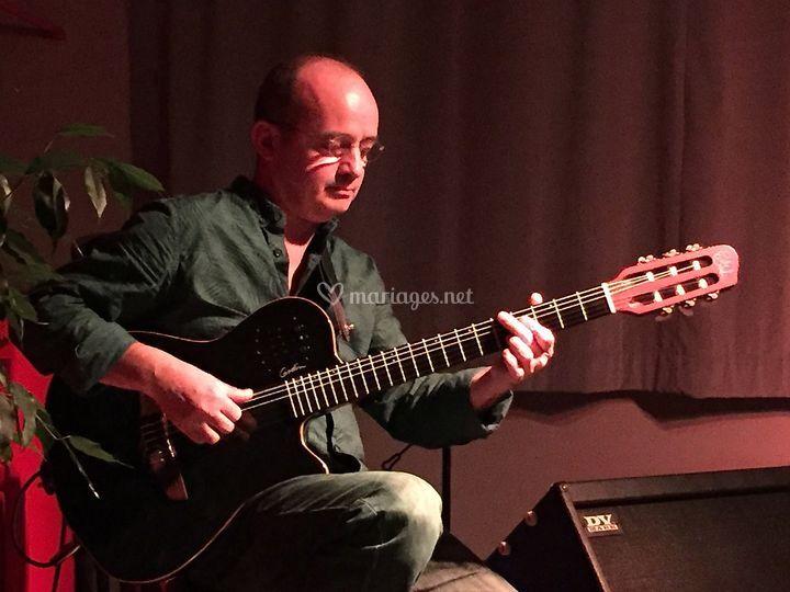 Patrick Avias : guitariste