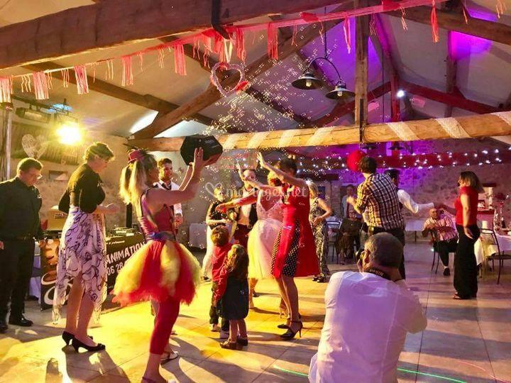Party boom avec bulles géantes