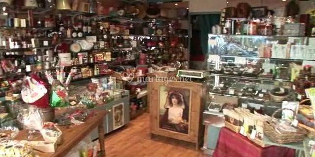 A l'intérieur du magasin