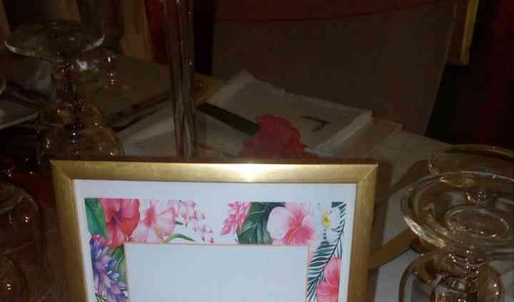 Nom de table dans cadre doré