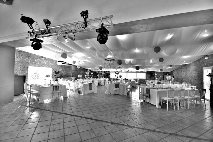 Une grande salle