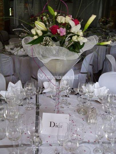 Centre de table avec fleurs fraîches