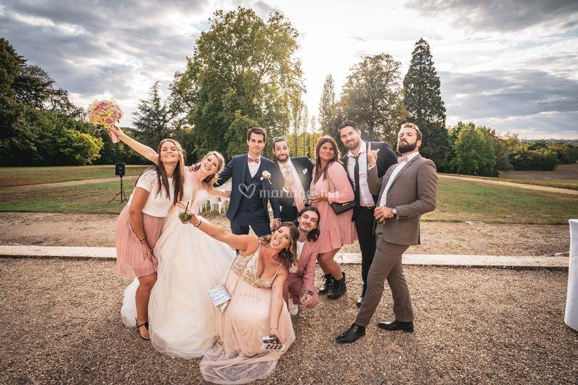 Team wedding