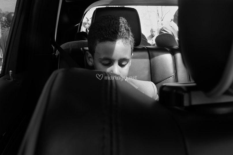 Attente dans la voiture