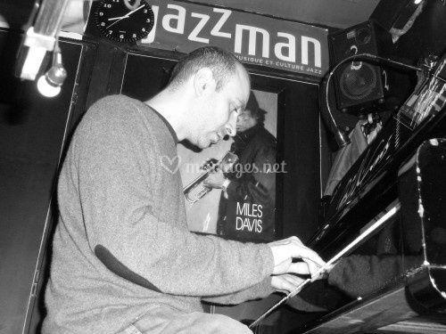 Rémy, pianiste et chanteur