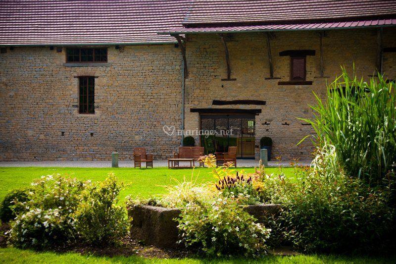 parc massif sur domaine de la pommeraye - Domaine De La Pommeraye Mariage