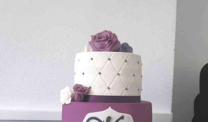 Wedding Cake - ~70p