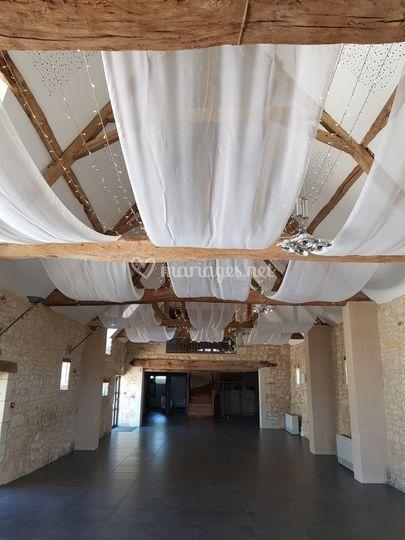 Installation voilage guirlande