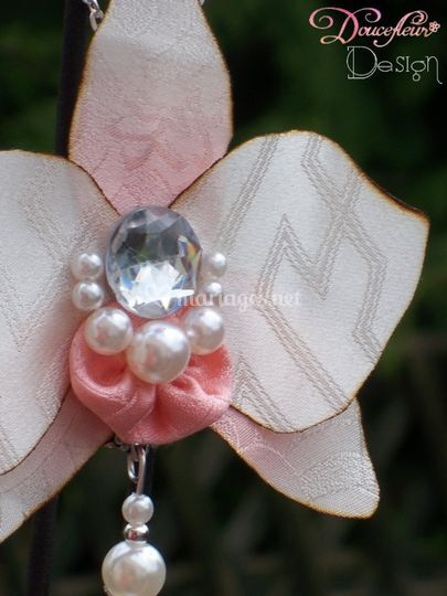 Pendentif orchidé
