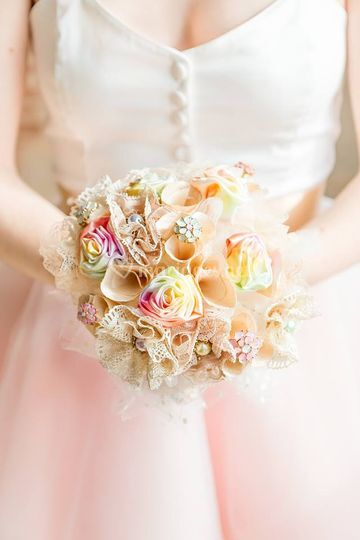 Bouquet arc-en-ciel pastel