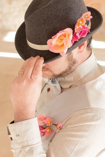 Chapeau gris et rose