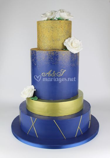 Wedding Cake Bleu & Or
