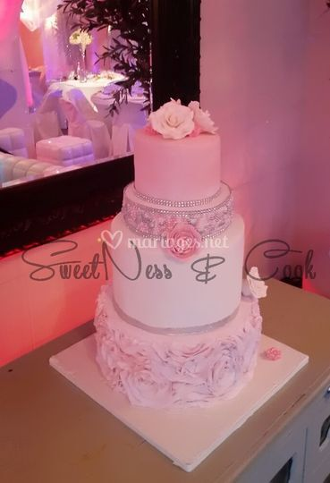 Wedding Cake Rosace et perles