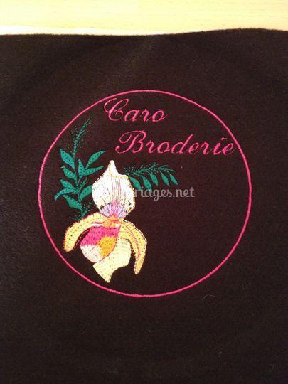 Logo Caro Broderie brodé