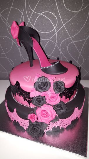 Wedding cake fushia