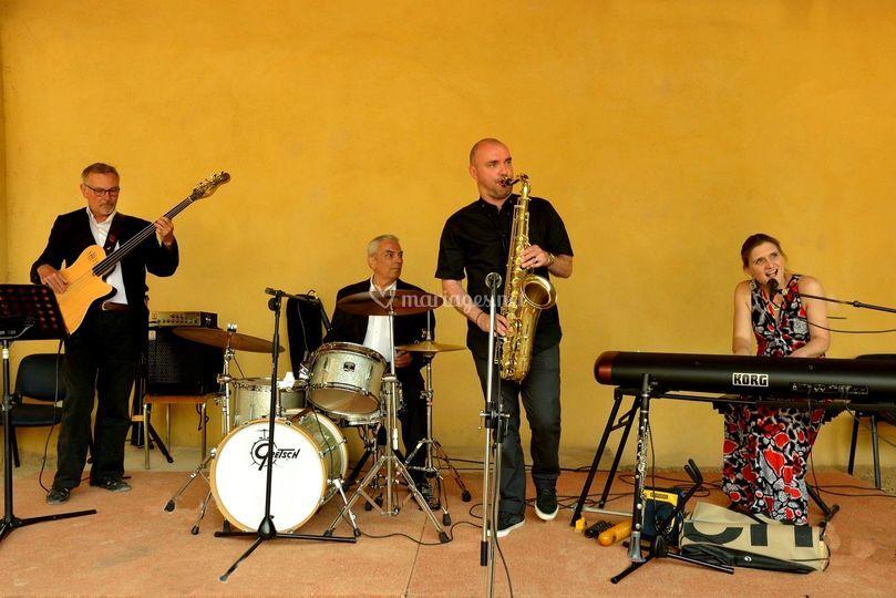 The Swinging Lady Quartet