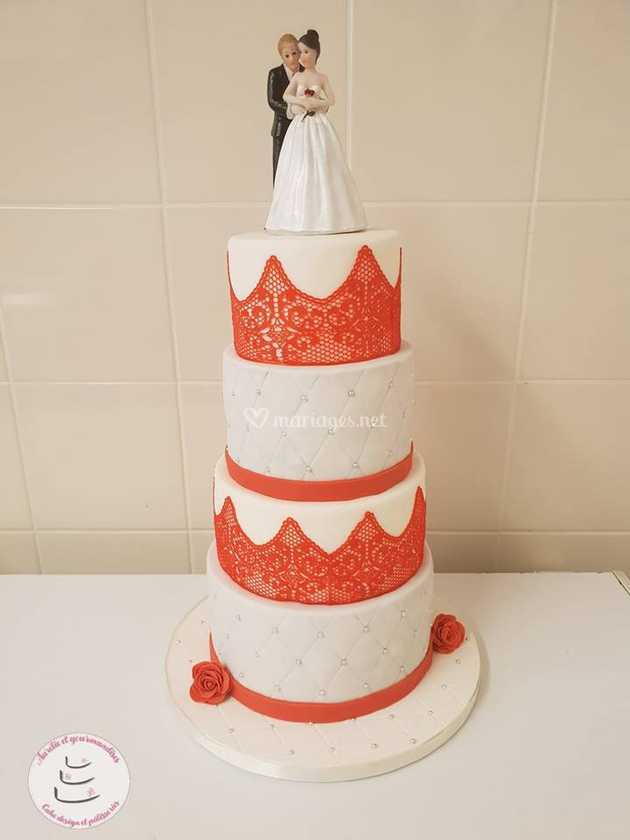 Wedding cake rouge et blanc