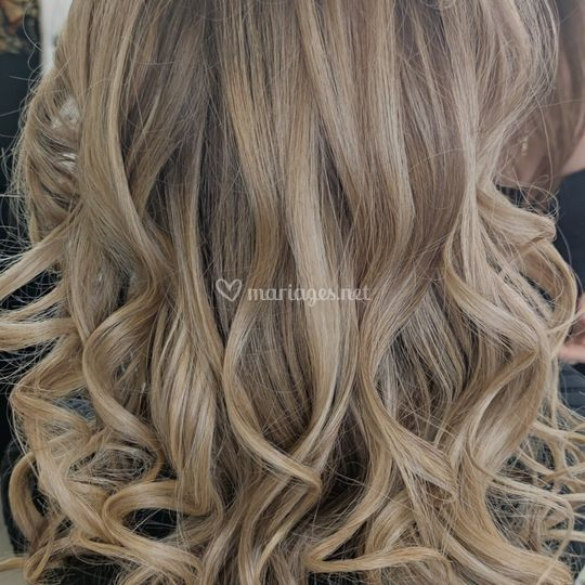 Cheveux wavy