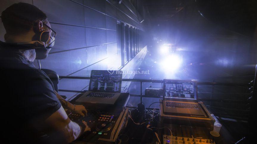 DJ live show