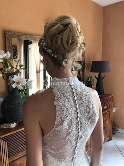 Chignon romantique princesse.
