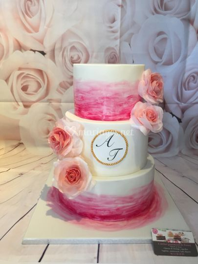 Wedding cake fraisiers