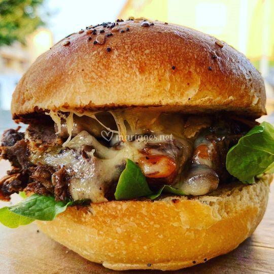 Burger bourguignon mijoté 6h