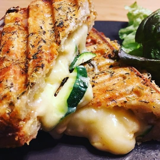 Grilled cheese courgettes