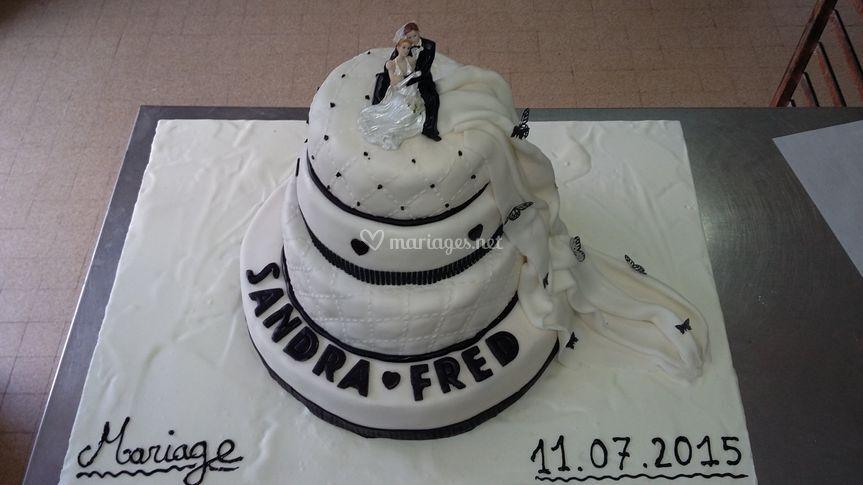 Wedding cake blanc et noir
